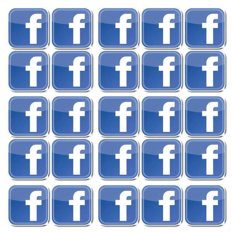 Facebook F 5x5 set van 50 stuks vierkant