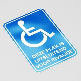 Deze plek is uitsluitend voor invalide