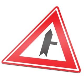 B05 Voorrangskruispunt zijweg rechts verkeersbord sticker