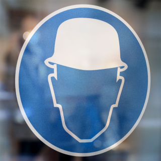 Gebodspictogram helm verplicht sticker
